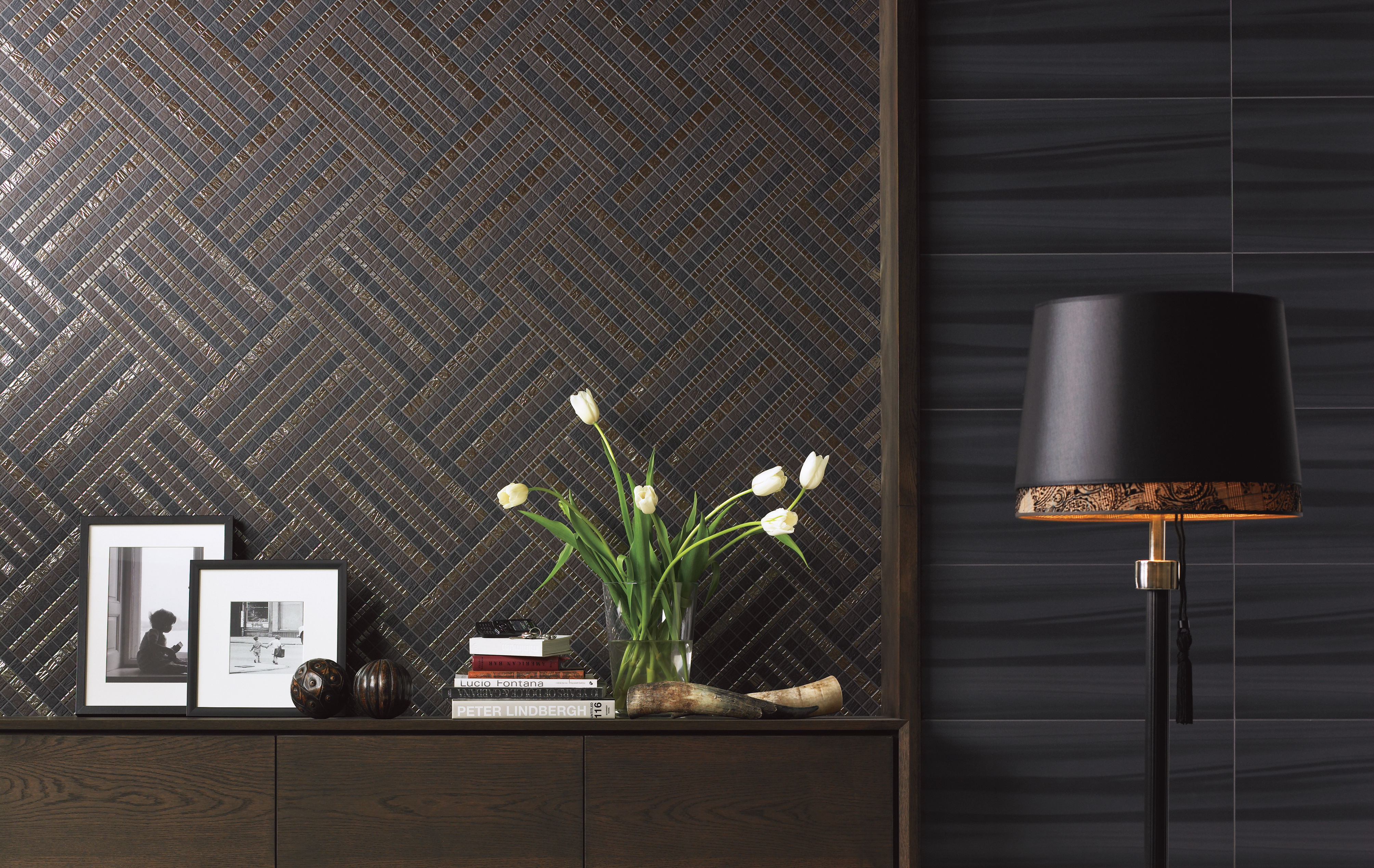 Elegante Mosaikfliesen verschönern Wände