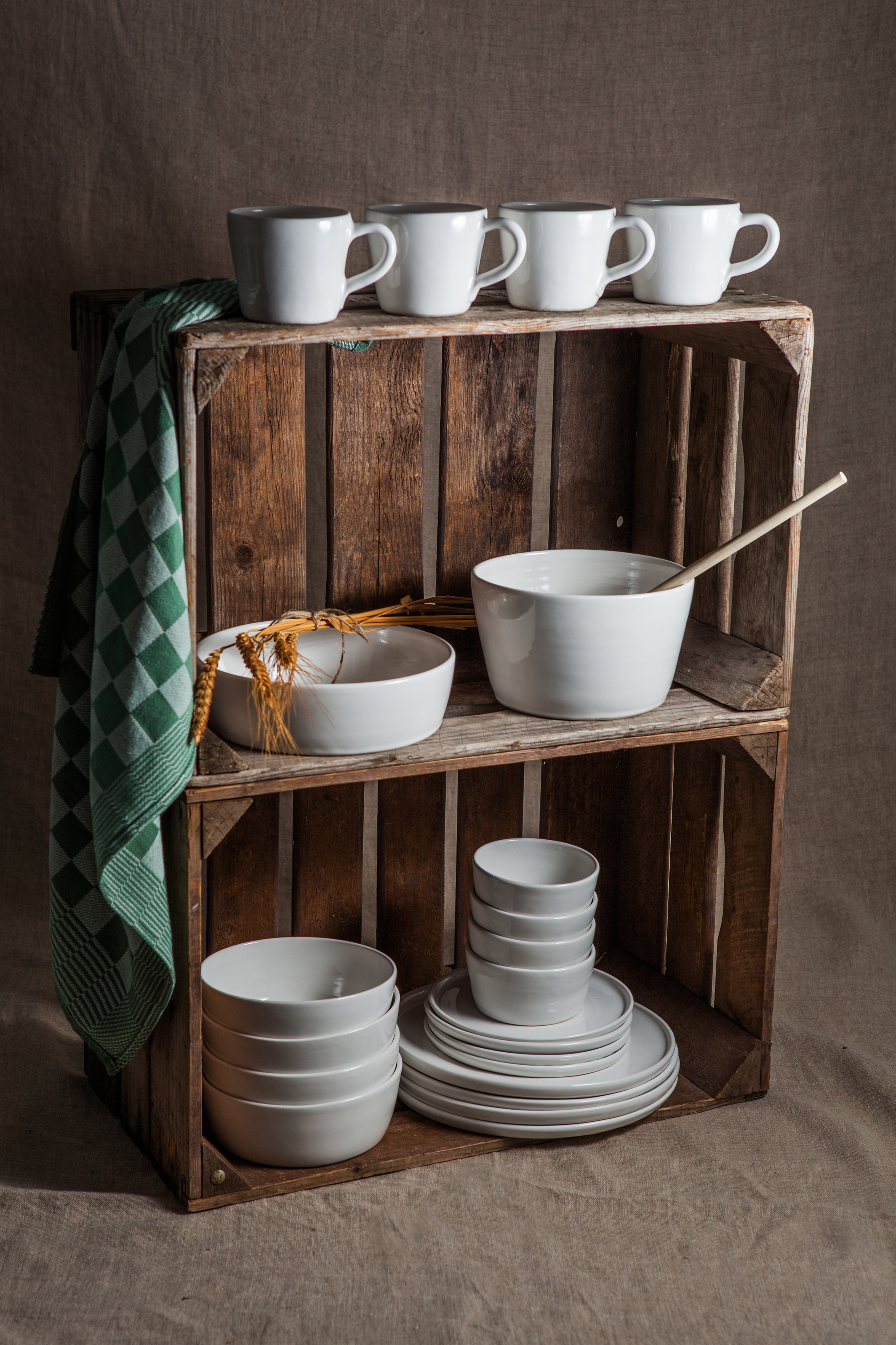 SIMPLE dinner set. Wheel thrown, stoneware, white glaze, no surface decoration, dishwasher and oven proof